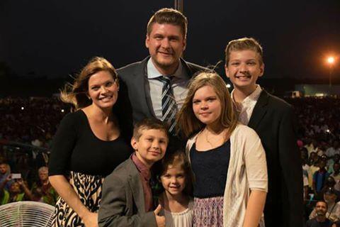 Daniel Kolenda családja